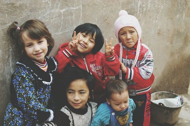 Togetherness Friendship Looking At Camera Children Photography Beautiful Children Childhood Capture The Moment Children Of The World Children Happiness Smiling Bonding Looking At Camera Innocent Eyes Outdoors Innocence Child