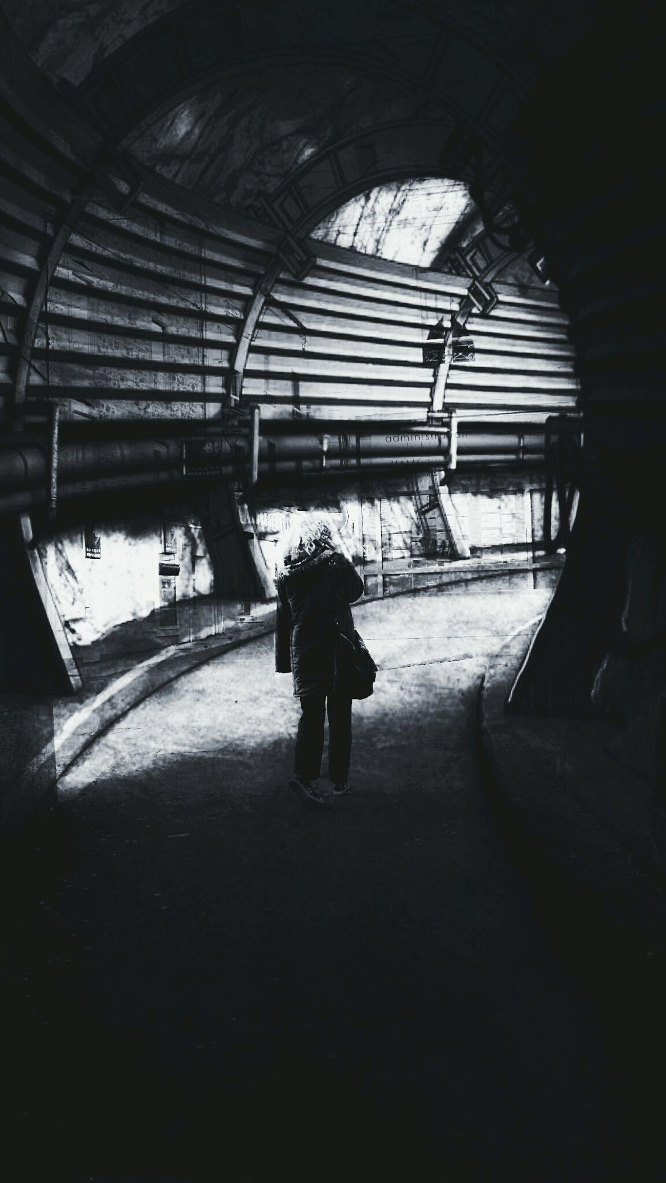 Freestyle Taking Photos Science Fiction Open Edit Monochrome Entre Ombre Et Lumiere EyeEm Best Shots