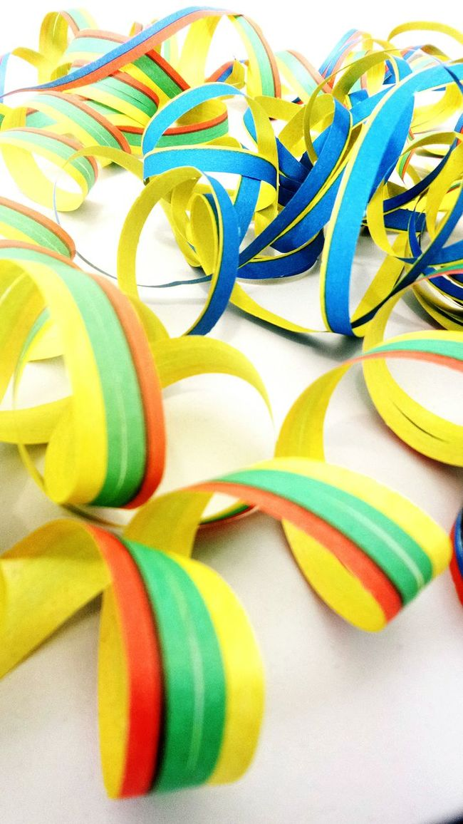 Paperstreamers Karneval Luftschlangen Colors Macro Macro_collection Colors Of Carnival Colours Blue Yellow Showcase: February Fine Art Photography