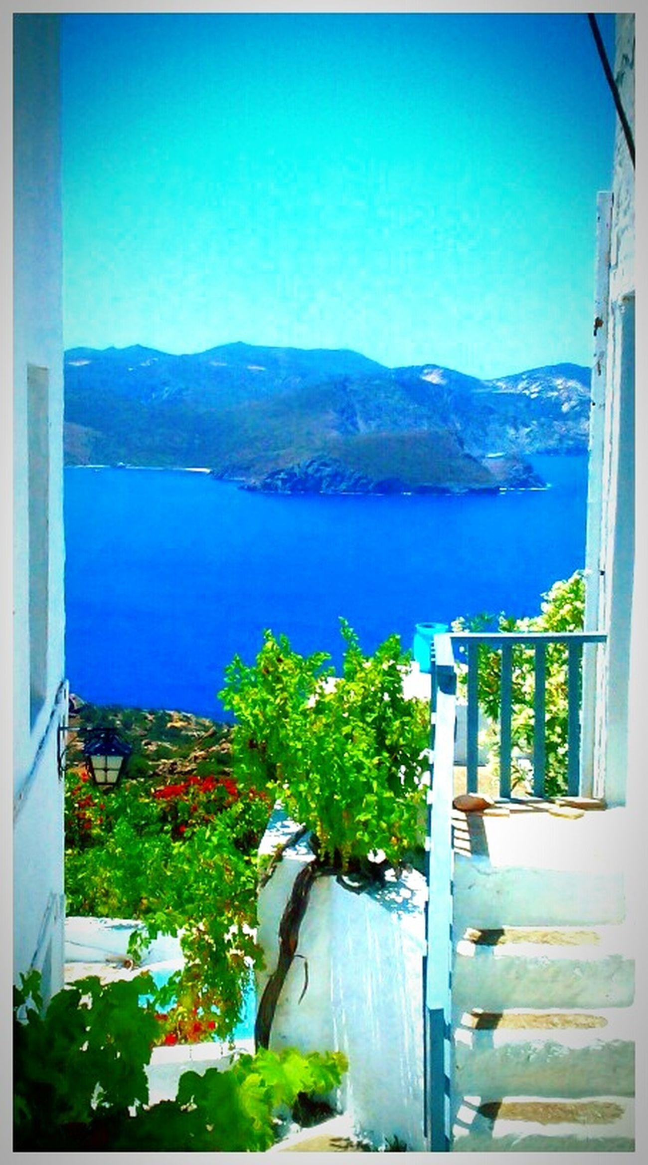 Bestoftheday Bestview Blue Sea Sunnyday☀️ Enjoying Life Sunny Morning Hotday Bestfeelingintheworld  Milos Island Photoshooting