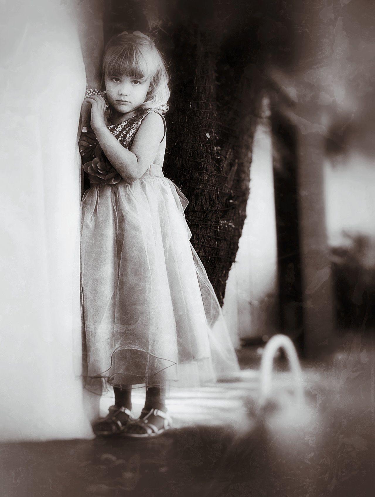 EyeEm Porto Weddingphotographer Wedding Flower Girls Innocence Monochrome Black And White Photography Bnw Children Childhood