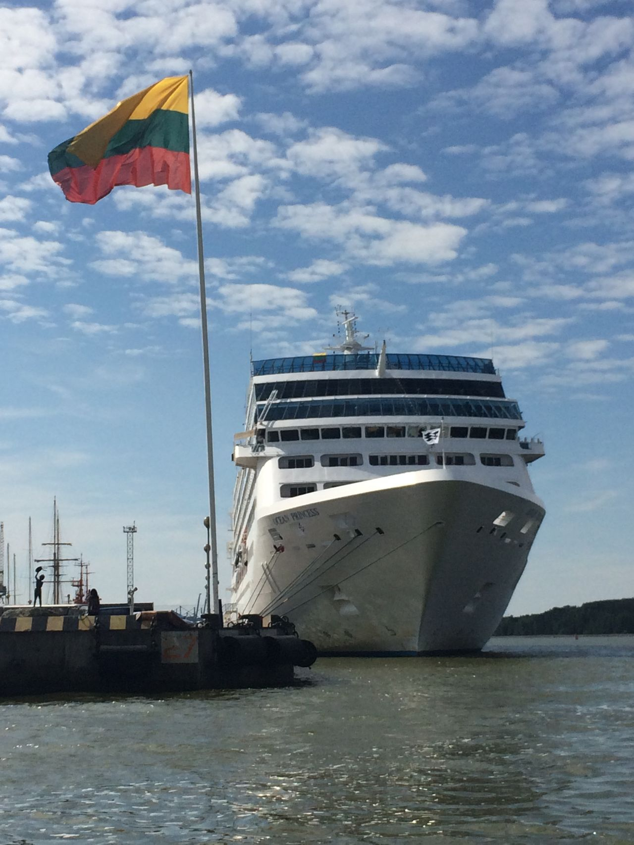 Leaving Klaipeda Sailing Ship PolLitLett2015