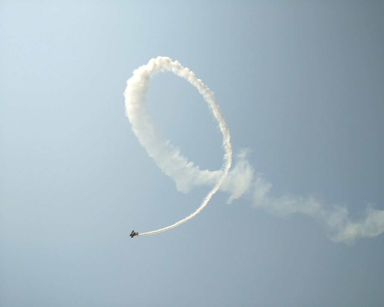 Air show at Defexpo India 2016 in Goa. Air Show Airforce Indian Air Force Indian Air Show Defexpo Defexpogoa2016 Defence Exposition Defence Expo Entertainment Smoke Loop Loop Stunt Airplane Aeroplane Sky Circle Indian Army Goa Goa India Display Public White Smoke
