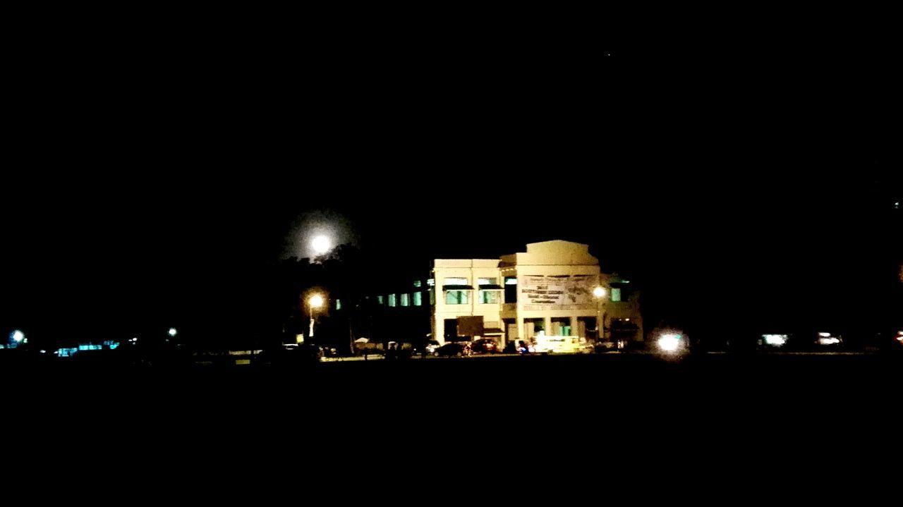 Nightphotography Baker Hall