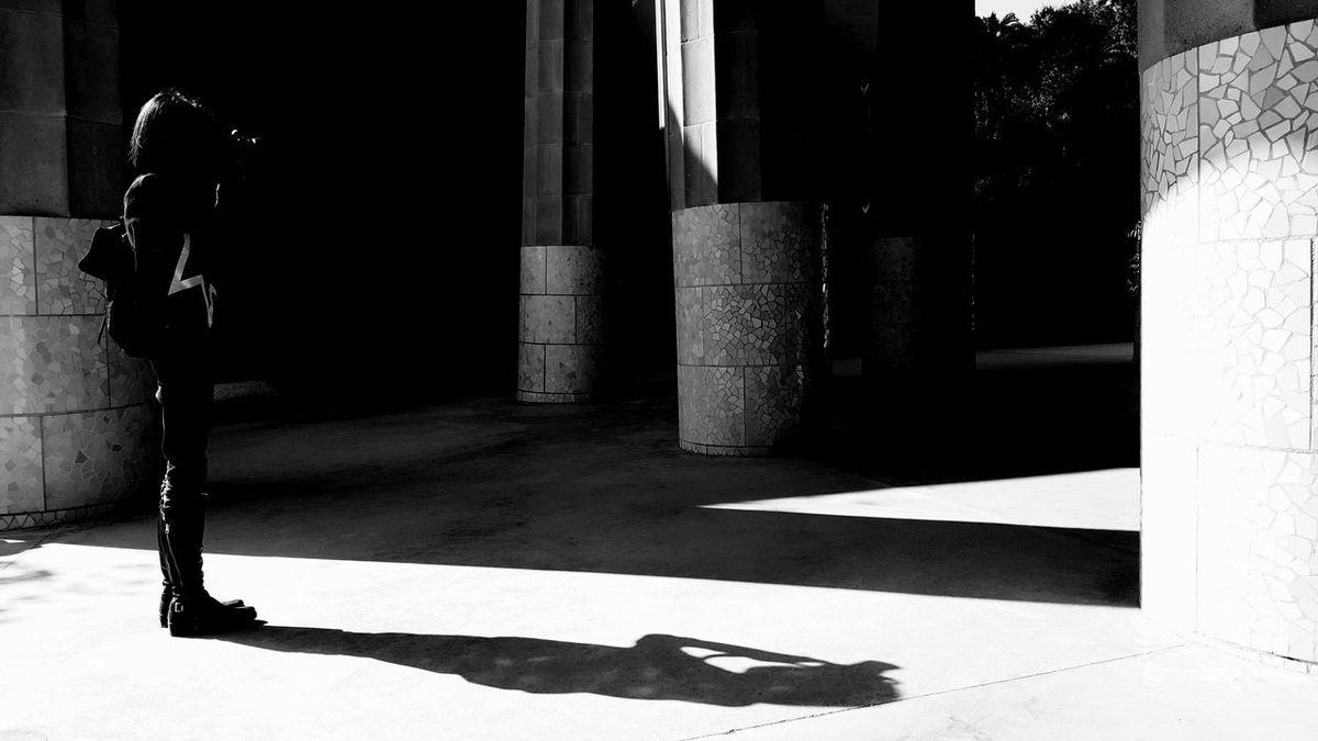 Women Barcelona, Spain Streetphotography Seeing The Sights Street Photography Streetphoto_color Barcelona Streetphoto Guell Park Guell Monumental Zone Gaudi Photo Photographic Memory