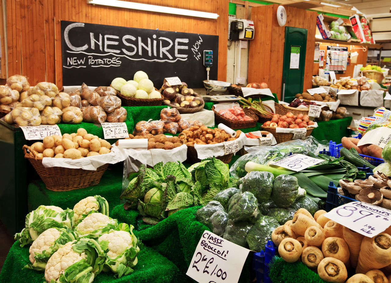 Farmers's market in Chester, Cheshire Britain Cheshire Chess Chester Choice City Day Eye4photography  EyeEm Gallery Farmer Farmers Market Food Freshness Healthy Eating Market No People Organic Organic Food Outdoors Price Tag Uk Variation Various Vegetable
