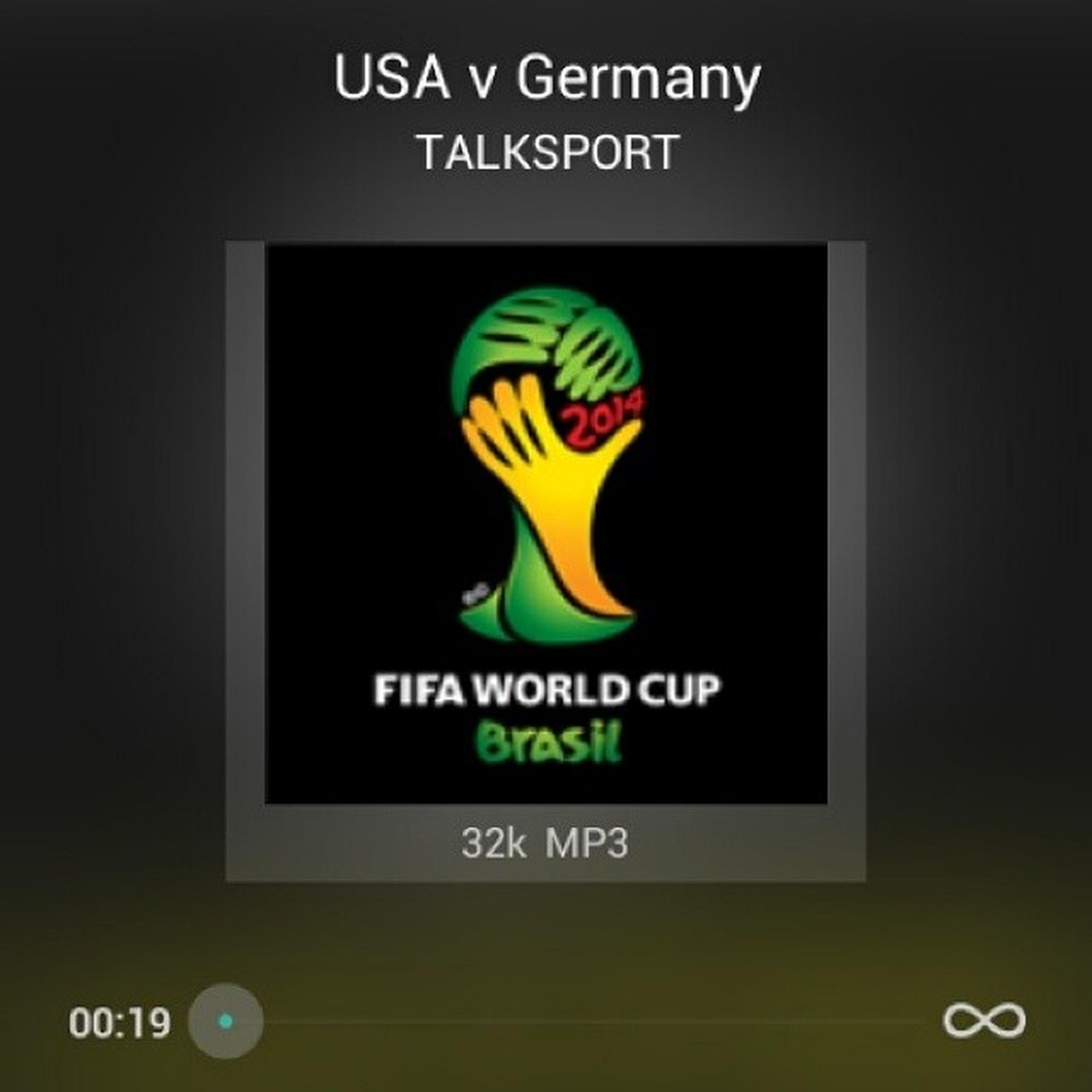 When u have no television. Worldcup2014 แอ๊บฟังฝึกภาษา ดูบอลไม่เป็นกูก็ฟังเอา อืม