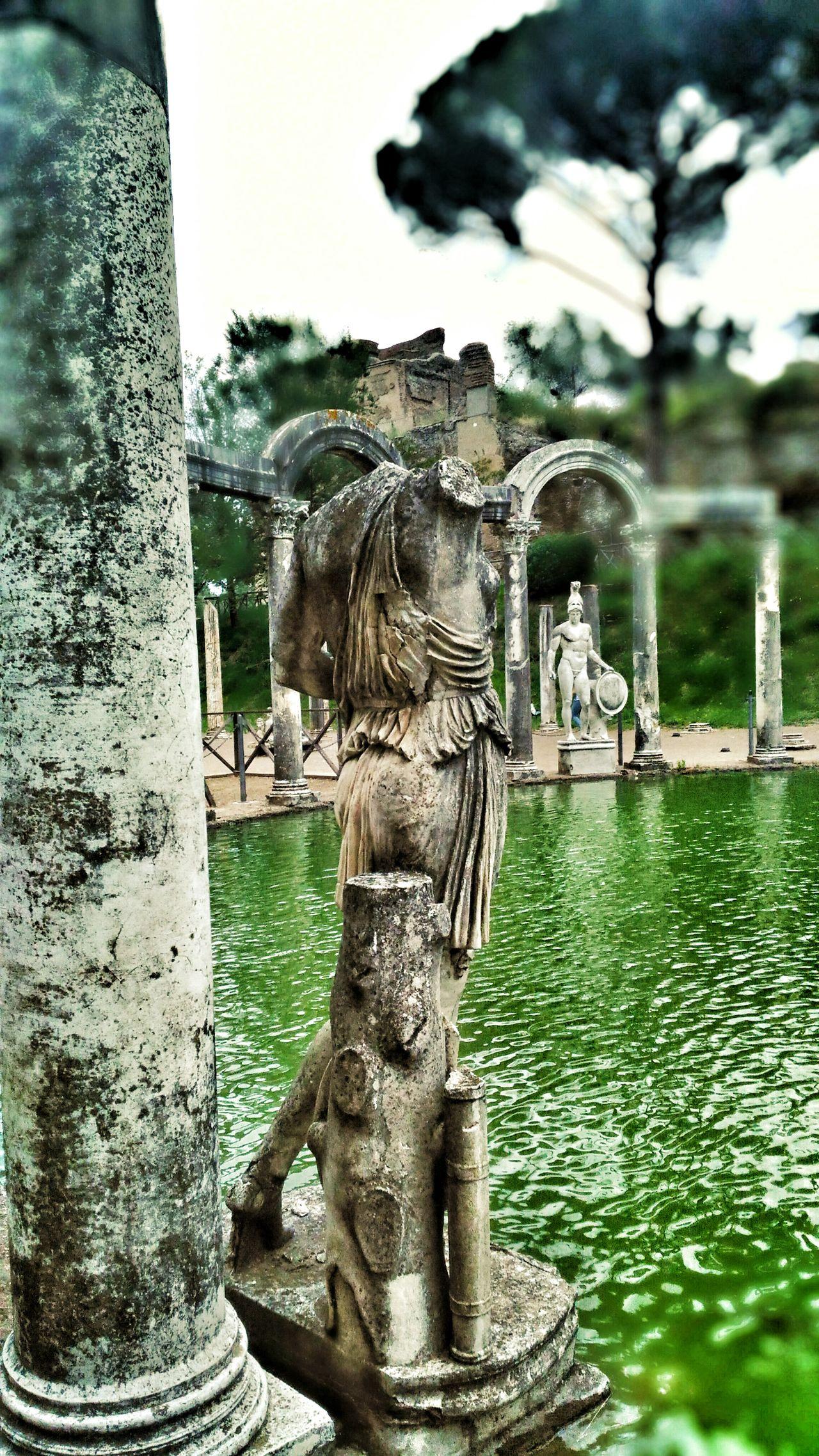 Villa Adriana Canopo Statue Headless Arch Roman Ruins Adriano