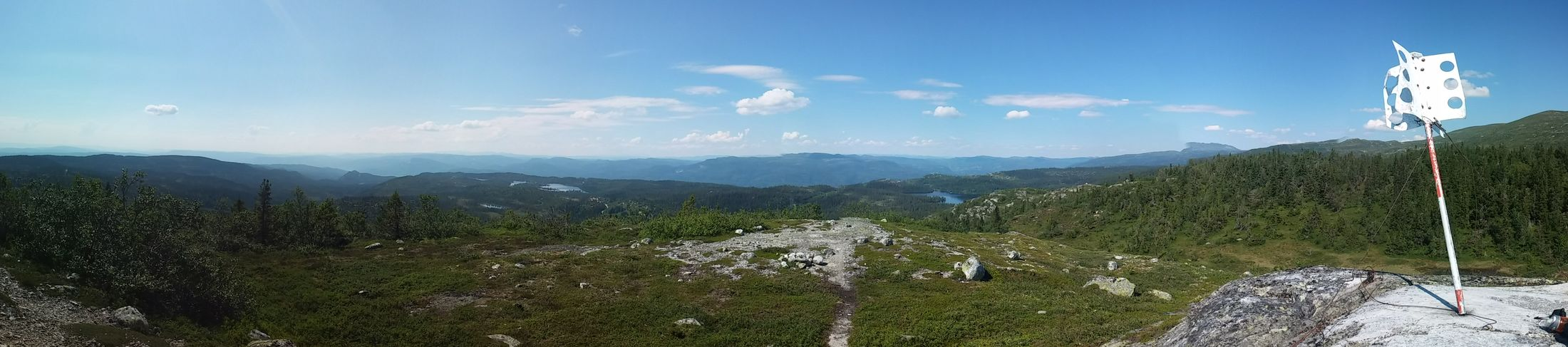 Mountain View Sun Tan Norwegian Nature