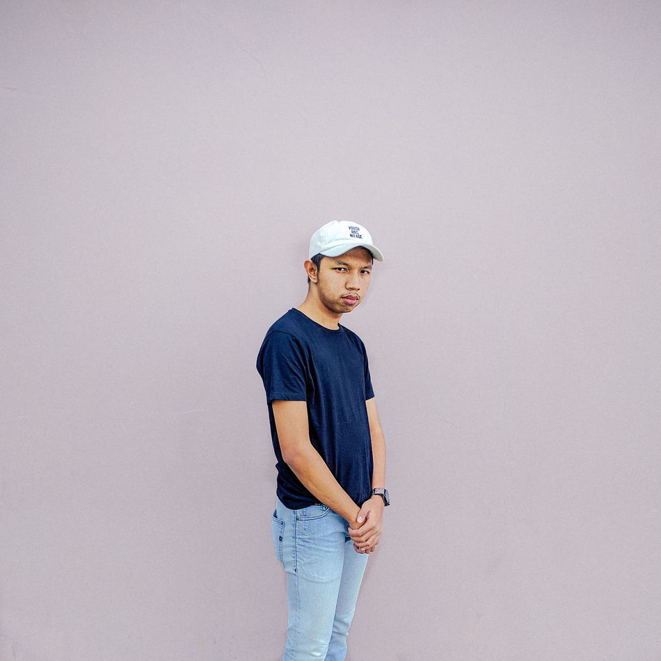 Individuality One Person Adults Only One Man Only Only Men Young Adult Portrait People Adult Human Body Part Headwear Day