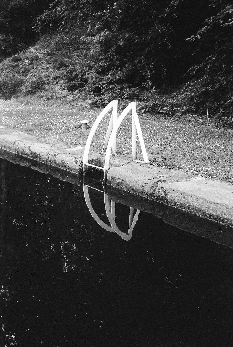Monochrome Blackandwhite Analogue Photography Film Photography Fomapan100 Reflection Water Reflections Water No People Fine Art Photography Monochrome Photography