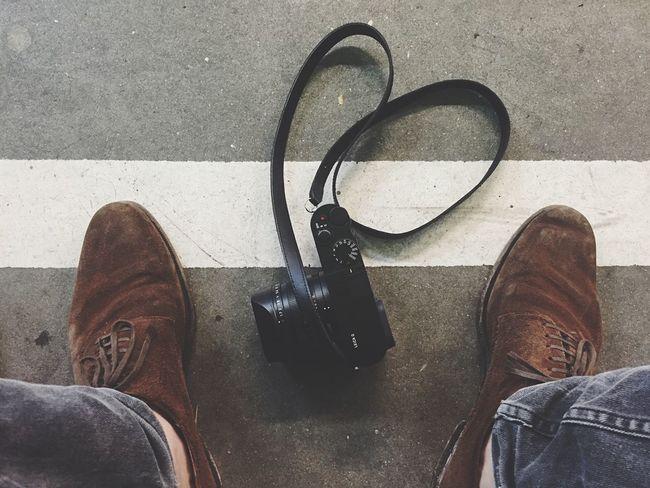 Camera Floortraits Waiting In Line