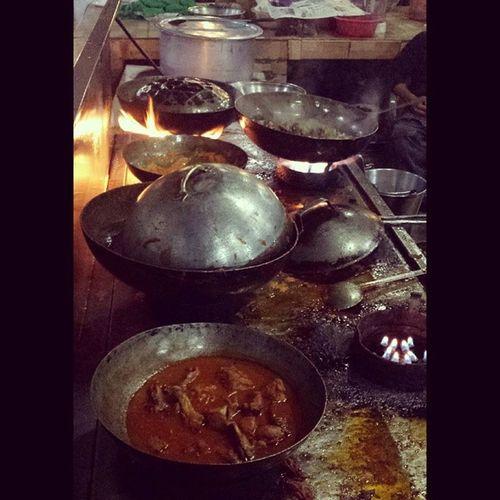 ChickenKarhai MuttonKarhai . Karhai hi karhai at Akorwal Fish Point, Fateh Jang