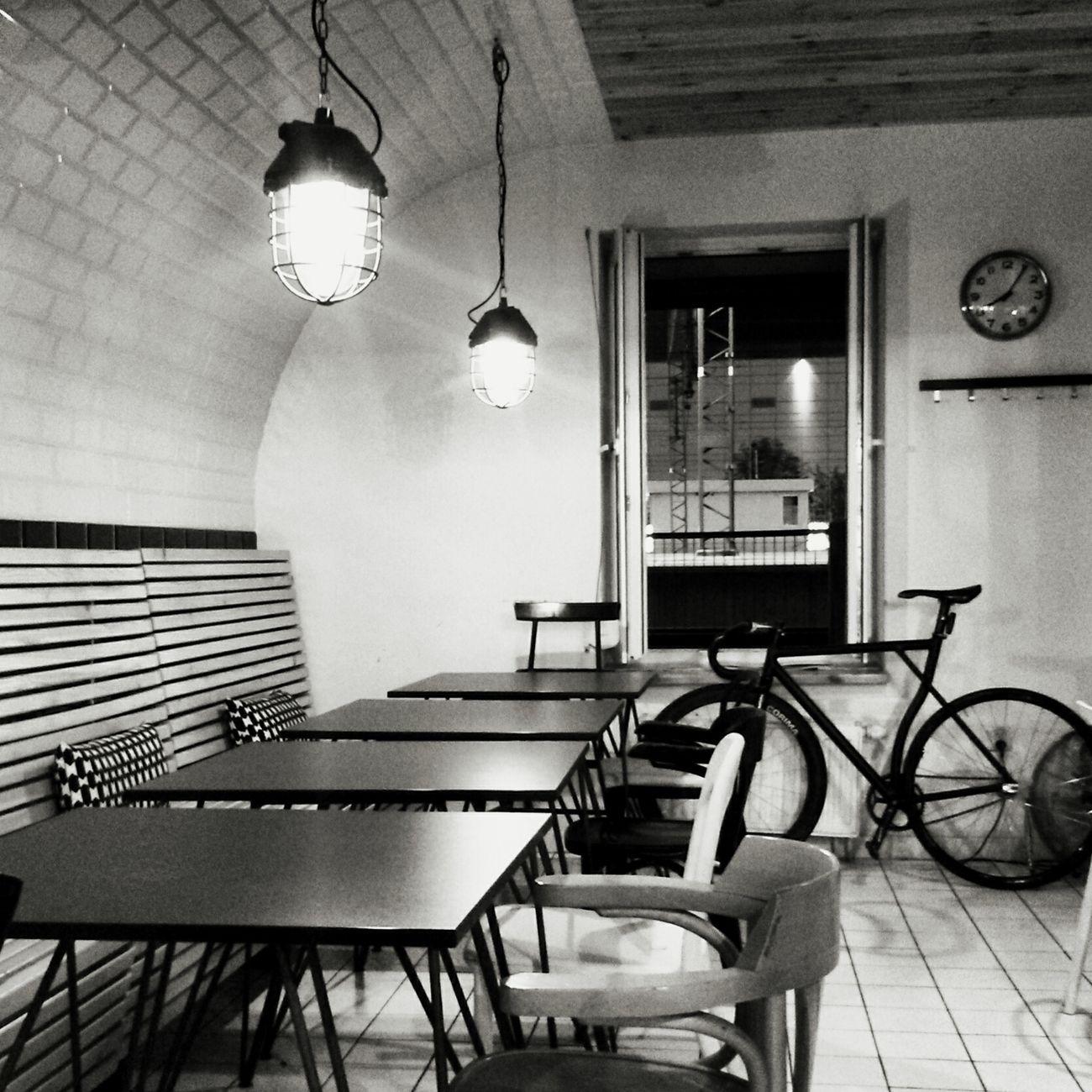 Urban Lifestyle Katowice Banhof Blackandwhite Bw Lovebikes Weekend
