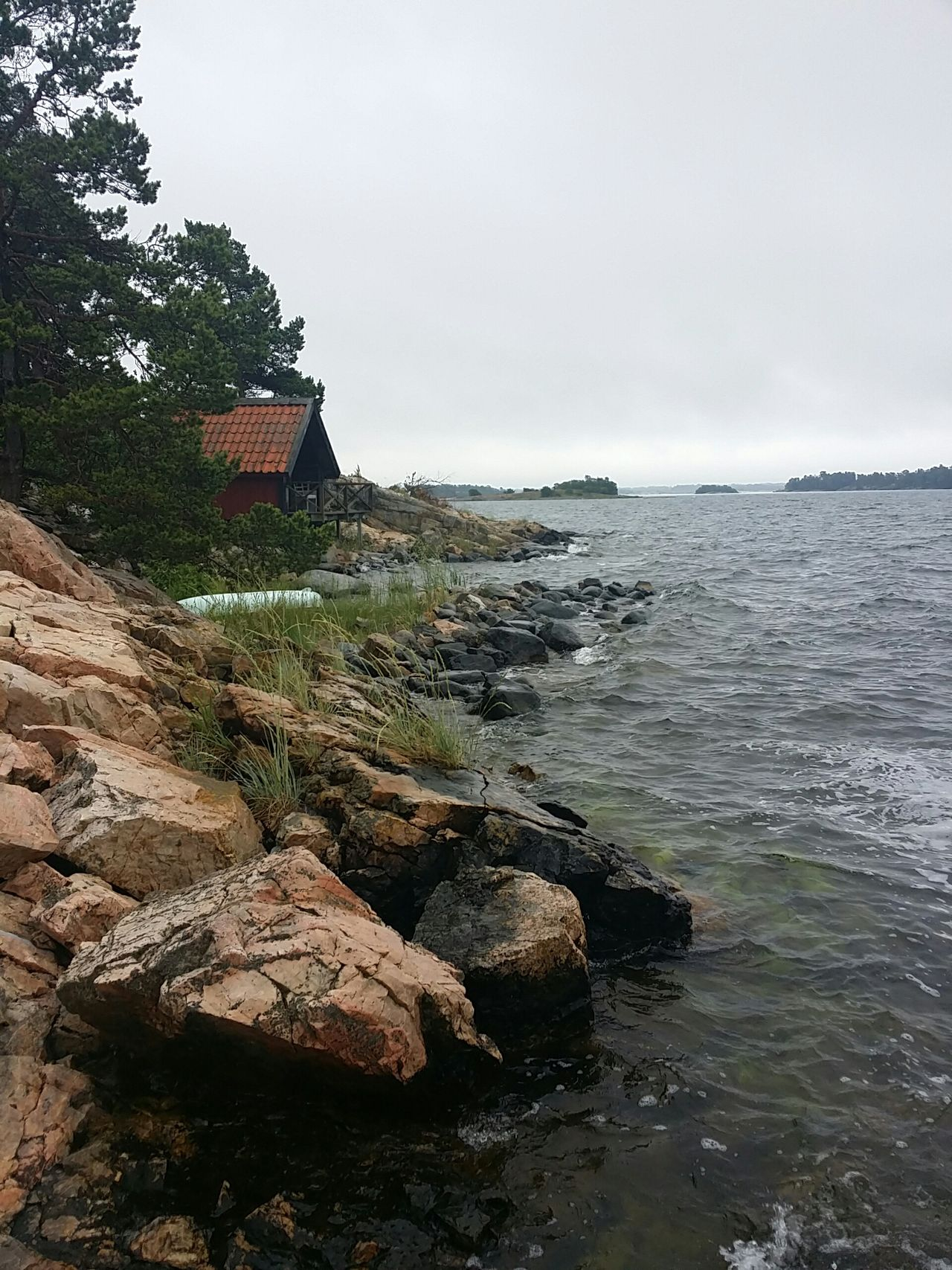 Rainy day but it dosent matter. Taking Photos Check This Out Enjoying Life No Edit/no Filter Mobilephotography Stockholmsskärgård Stockholm Archipelago Enjoying Nature Enjoying Life Relaxing