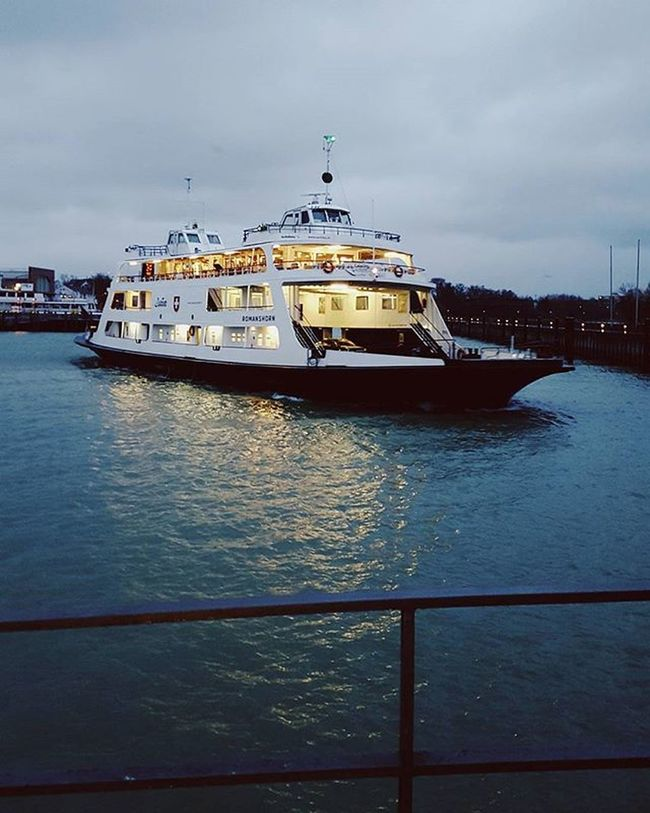 Vscocam VSCO Bodensee Lakeconstance Friedrichshafen Vscorussia Outdoors Ferry Lowlight Galaxys6 S6