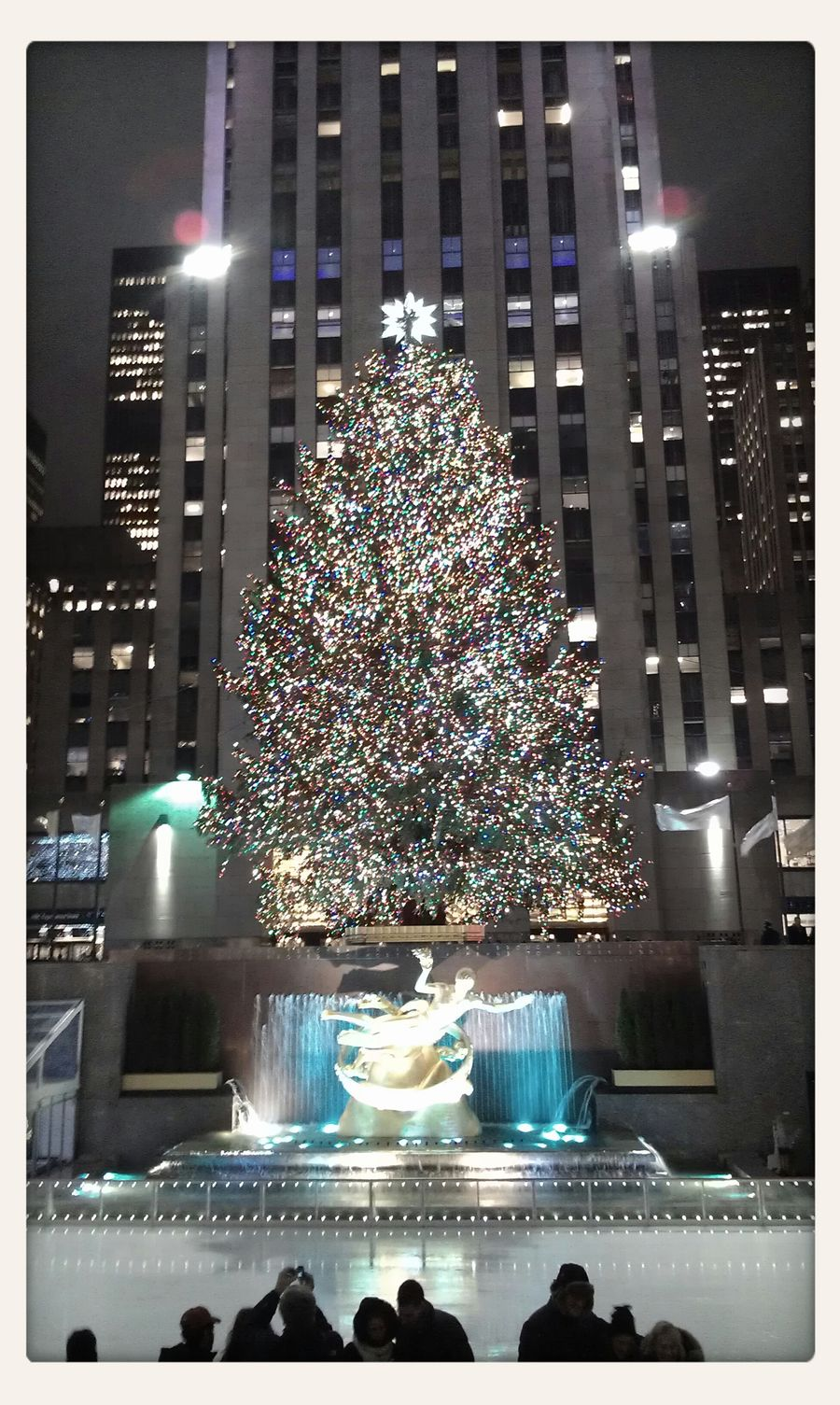 Rockefeller Christmas tree (: Merryxmas Newyork Rockefeller Center Beautiful Tree Lots Of Lights Magic Is In The Air Fall In Love ♡ Pure Emotions. Excited :) Happiness