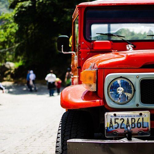 Galipan waraira Repano park Waraira Avila Streetphotovenezuela Streetphotocaracas Streetphoto Toyota Venezuela Venezuelaes Caracas Orange 4x4 Offroad Nofilter Sinfiltro Cars