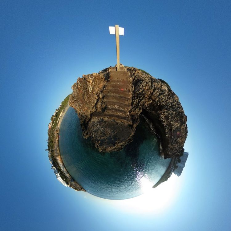 Blue No People Sky Close-up Day Outdoors Miniplanet MiniPlants Miniplanete Miniplanes RICOH THETA Ricoh Theta S Beach Beachphotography Beach Photography Beach Life Beachlife Beach Day Beach Time Water