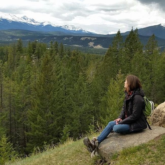 Intothewild 🌄🌲🐻🚙🔭⛺💭 Jaspernationalpark Jasper Roadtrip Trekking Wildernessculture Explorecanada Explore Enjoyoutdoors Rockies Themountainsarecalling Theoutbound Liveoutdoors Lifeiscalling LiveYourAdventure Findyourparadise RiseUp Intothewild Mountain