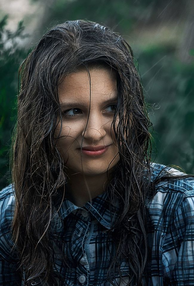 Enjoying Life Outdoors Young Adult Real People Russia Focus On Foreground EyeEm Best Shots Selective Focus Canon Face Portraits Portrait Color Portrait Portrait Photography