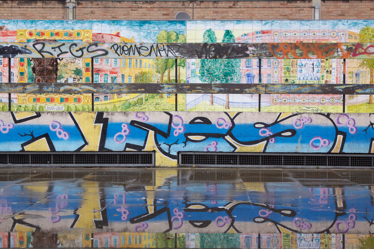 Architecture Art Blue Built Structure Day Graffiti Hoxton Multi Colored No People Old Street Outdoors Reflected  Water