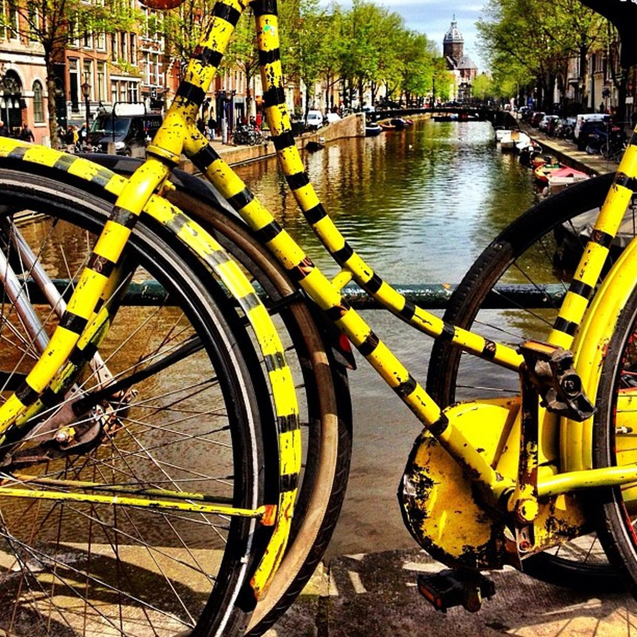 A Bee bike ? #jj_forum #amsterdam #igersholland #ubiquography #holland #dutch Amsterdam Holland Dutch Jj_forum Ubiquography Igersholland