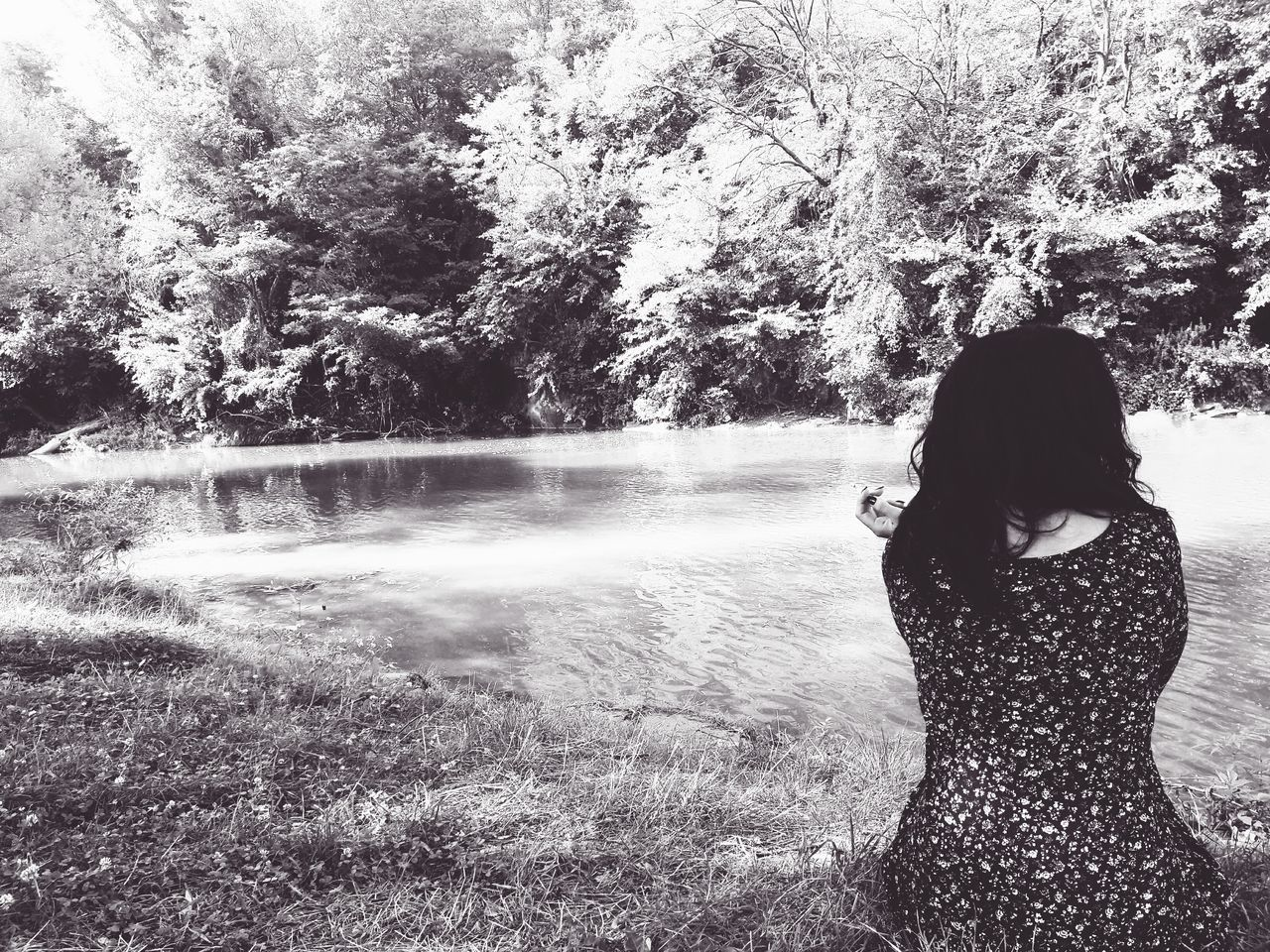 River Water Refreshment Nature Young Women Thinking About Life Woow EyeEm Best Edits Eyeemphotography Creative Photography EyeEmBestPics Eyem Best Shots Human Body Part Beautiful People People