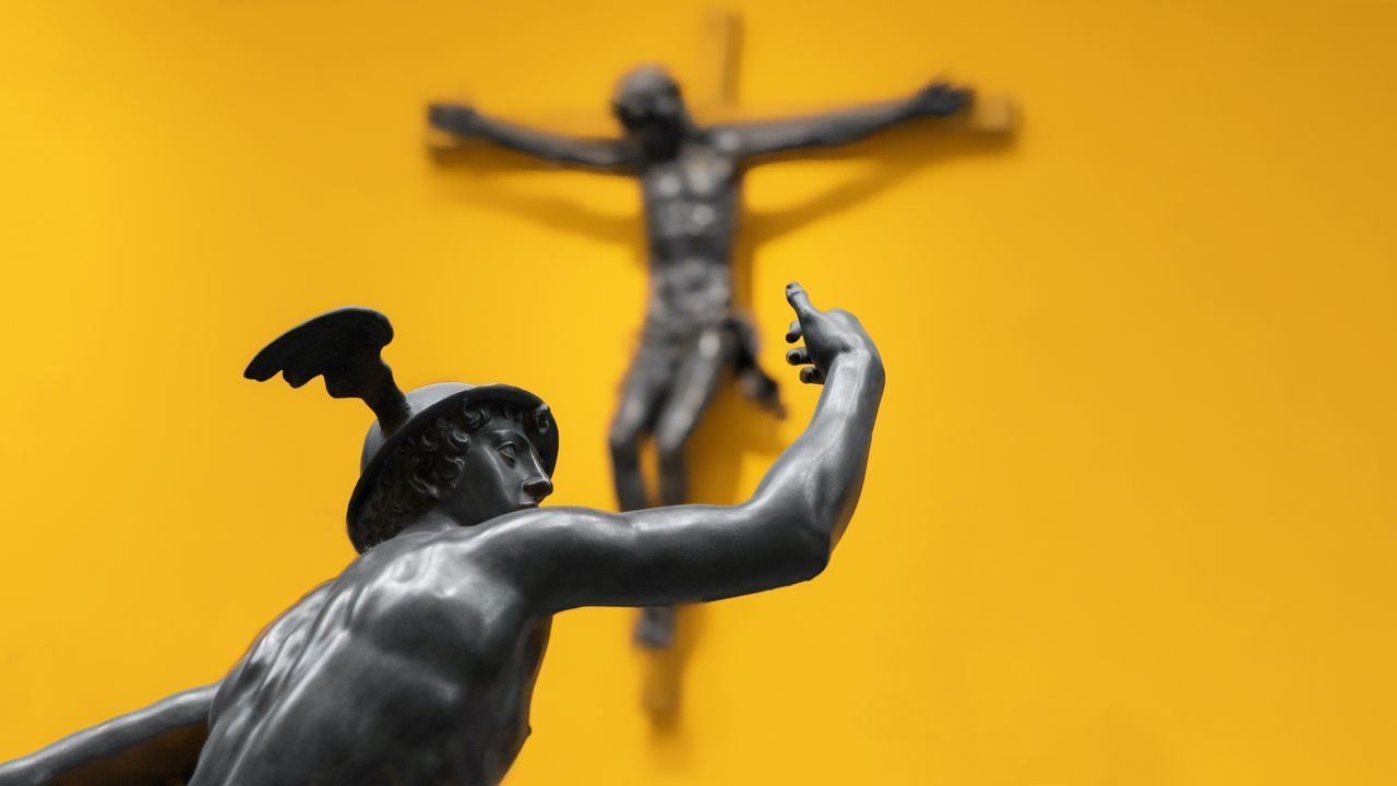 Religion Yellow Statue Close-up No People Day Museum Sculpture Jesus Sculptures