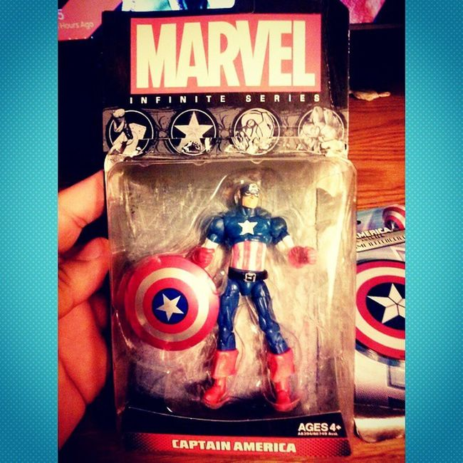 Went to toys r us today and found the cap!! So excited i got this today cant wait to get the winter soilder soon! MarvelInfiniteseries Marveluniverse Marvel Figureoftheday Somuchsexiness Gonnacry Icansmellthefreedom Freedom 10bucks Toysrus Sohappy Greatfriday