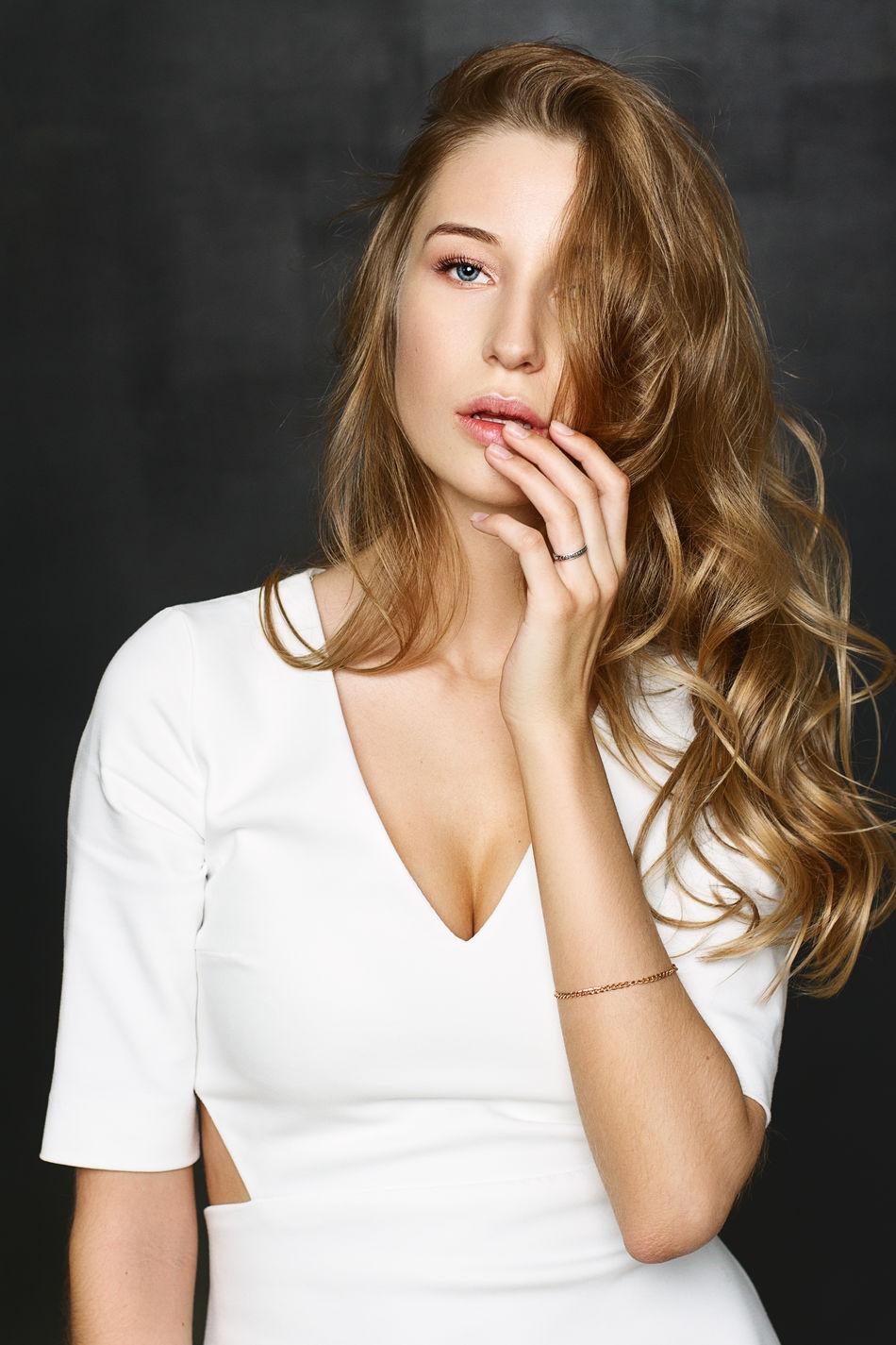 Beautiful stock photos of lippen, beautiful woman, beauty, portrait, beautiful people
