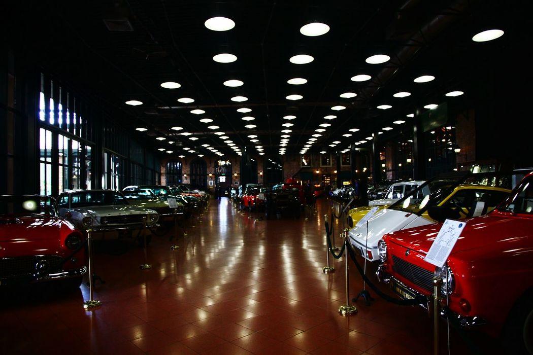 Museum Vintage Car Spheral Visiting Museum