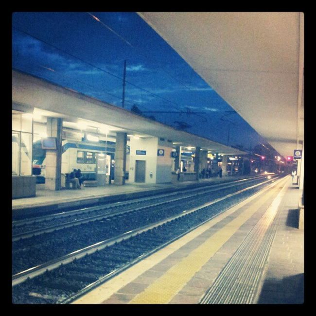 Train Station Leaving Vicenza stazione sunshine university road Trainstation