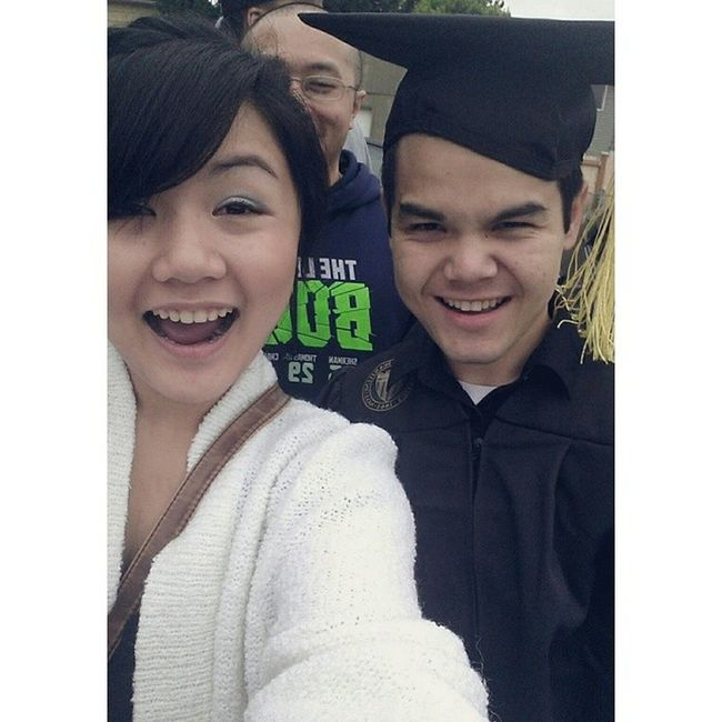 Uwgrad14 w/ Big Daddy Drew ! (and George's photobomb) :D