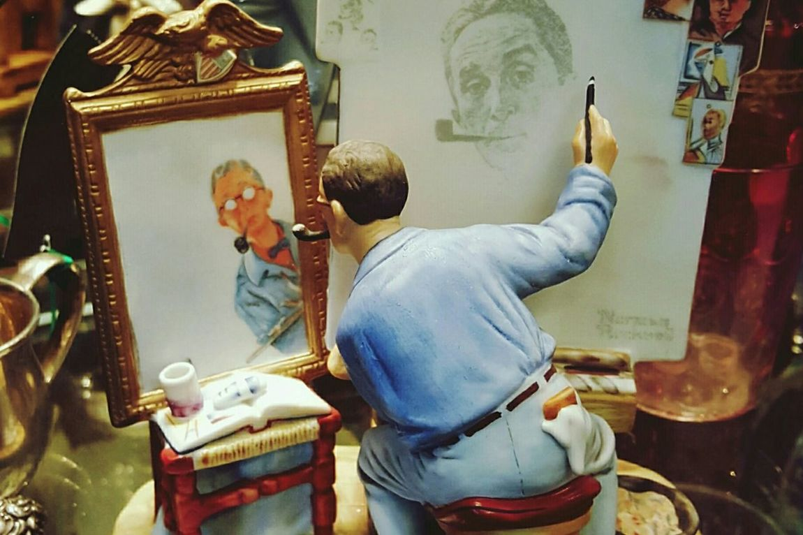 My Favorite Photo Norman Rockwell Selfie Norman Rockwell American Artist Figurine  Curiosity Shop EyeEm Best Shots Edit No. 2 Art, Drawing, Creativity Self Portraits EyeEm EyeEmBestPics Eyeemphotography S6 Rhode Island Photography⚓