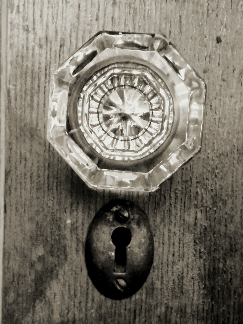 old-fashioned, circle, ornate, time, wood - material, retro styled, clock, watch, pocket watch, close-up, single object, antique, technology, indoors, no people, roman numeral, gear, day, minute hand, clock face, hour hand