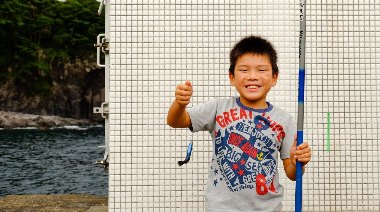 Beautiful stock photos of engel, 8-9 Years, Asian And Indian Ethnicities, Boys, Casual Clothing