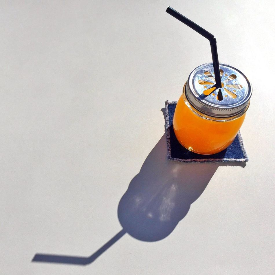 Monday is a good day to start a good week, good morning my followers ! Orange & Lemon juice Good Morning Orange Juice  Haveaniceday Breakfast Breakfastofchampions Sunny Day Sunny