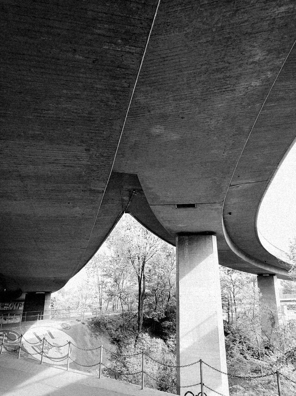 Lächeln Grau Frühling Grey Art Is Everywhere Smile Neckar Kunst Ist Was Du Daraus Machst Unheimlich Allone  The Secret Spaces
