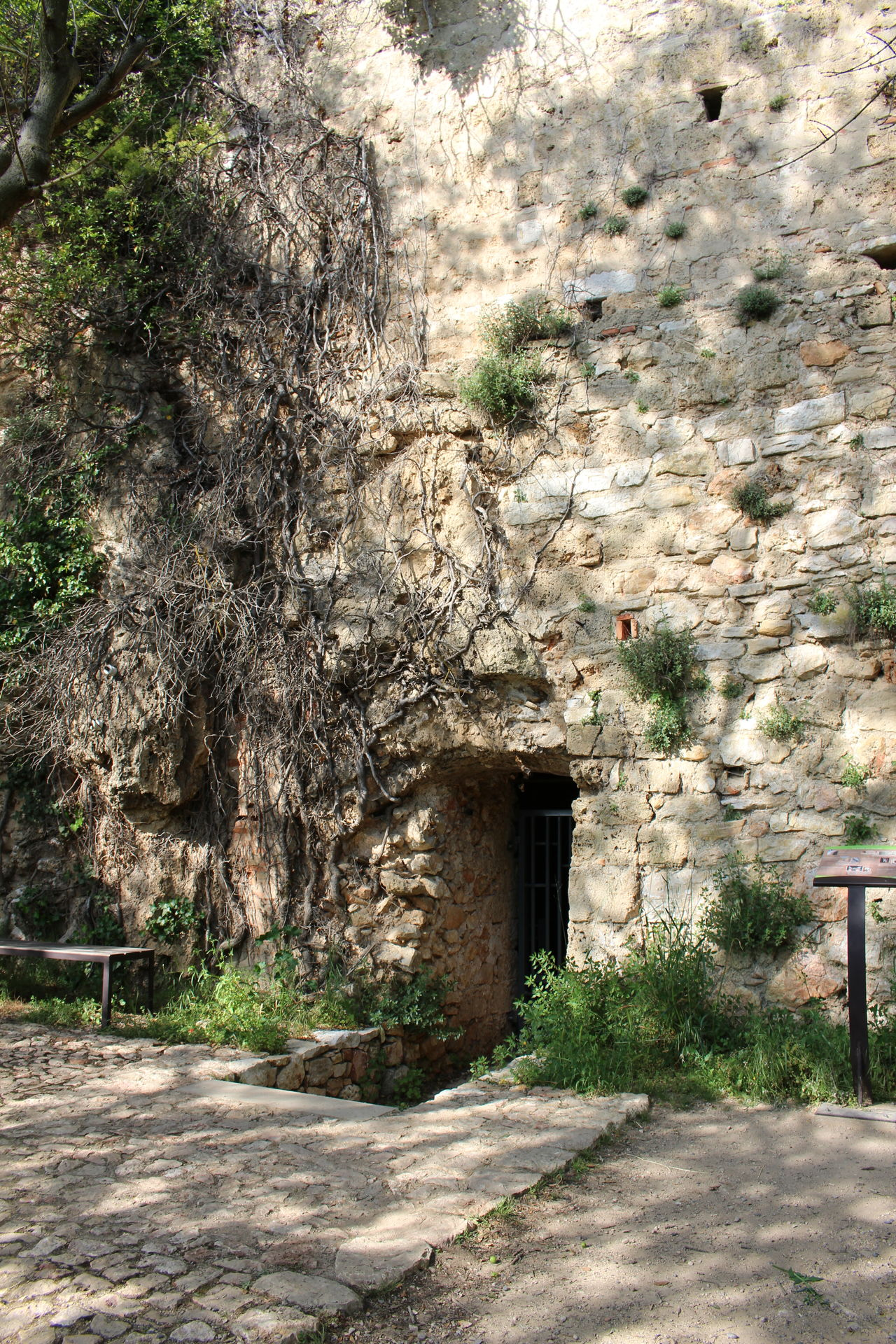 Grotte Eglise Abbaye History Ancient Religion Architecture Roche Rock - Object Architecture Grottes