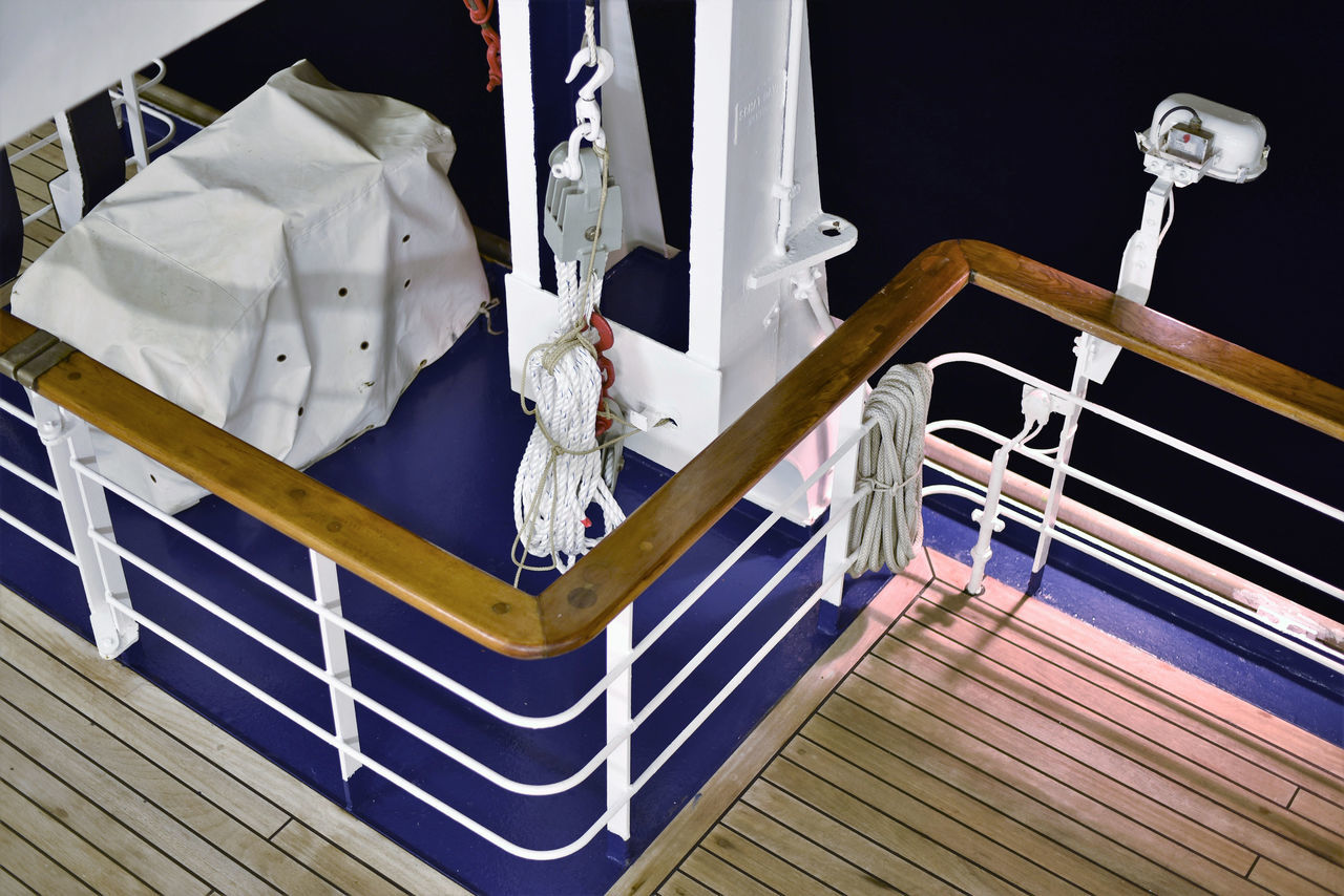Ship's shapes and patterns Ships Deck Timber Deck Steel Structure  Taking Photos Enjoying Life Relaxing