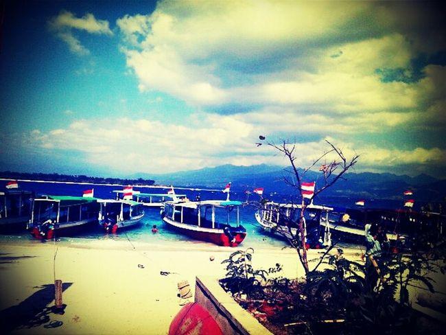 """Gili Trawangan Beach"" North  Lombok Island - Indonesia ."
