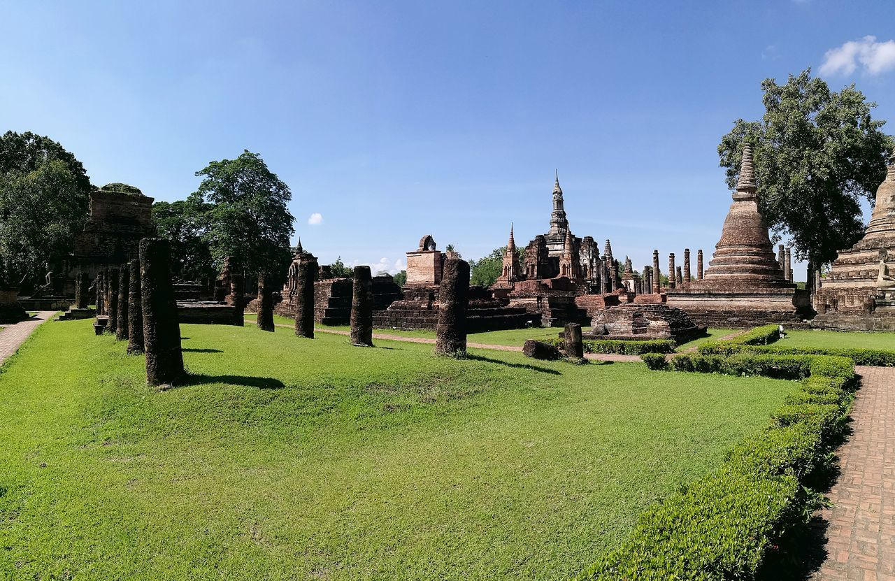 History No People Architecture Outdoors Sky Day Travel Destinations Tranquility Traveling Urban Exploration Beautiful Holidays City Life Building Exterior Architecture Vacations Cultures Sukhothaihistoricalpark Thailand City