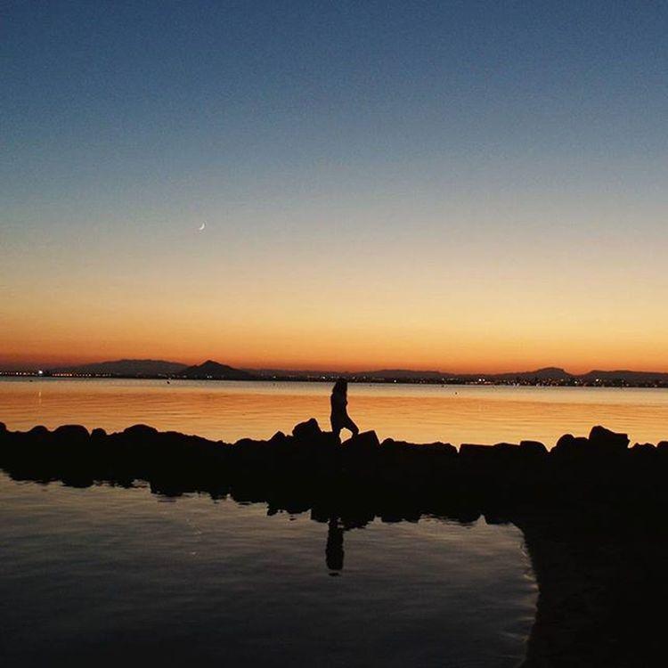 reflexos ao pôr-do-sol | reflections at sunset mexendo no baú | stirring in the trunk | taken in 2015, jun Praia Marmenor Lamanga Lamangadelmarmenor Pordosol Playa Murcia Espanha SPAIN Ig_spain Beach Sunsets Sunset_pics Sunset Total_murcia España