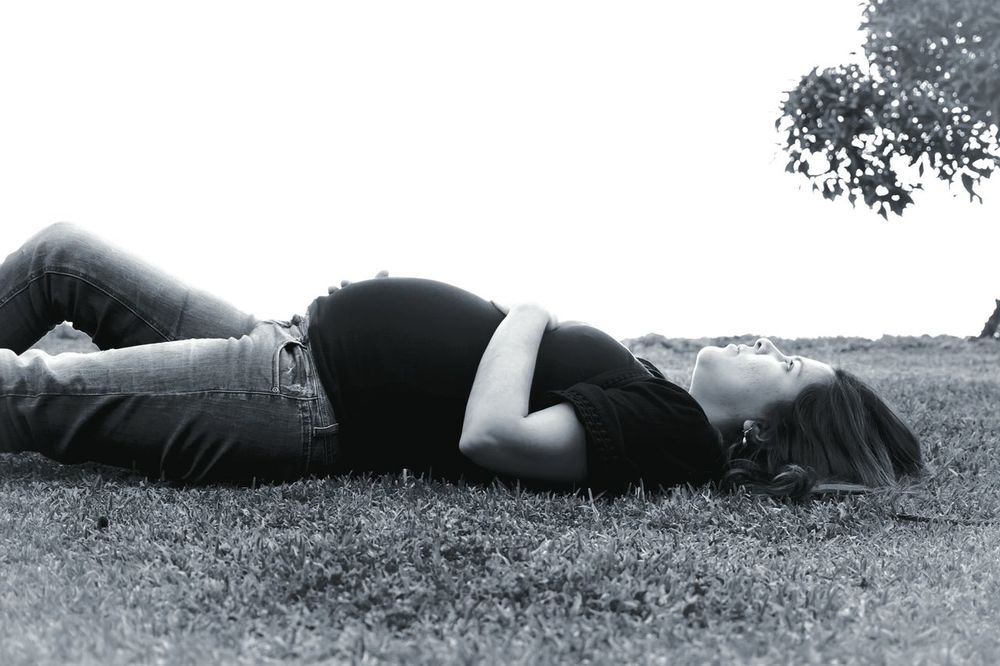 Young Women Lying Down People One Person Human Body Part Women Pregnant Pregnancy Pregnant Phtography Pregnant Belly  Pregnant Woman MonochromeEye4photography  Black And White EyeEm Best Shots Exceptional Photographs EyeEm Best Shots - Black + White Places And Faces Portrait Of A Woman Beauty Real People Outdoors Day People Photography Places And Spaces