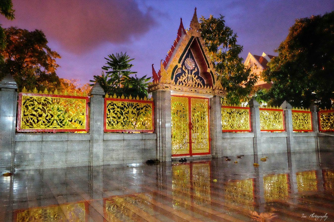 ก ะ จ ะ ส ะ ท้ อ น ก ำ แ พ ง ไ ม่ เ ห็ น 😱 Relaxing Taking Photos Enjoying Life Sky Fujifilm X-m1 EyeEm Best Edits EyeEm Thailand Photography Good Morning Beatiful Thailand