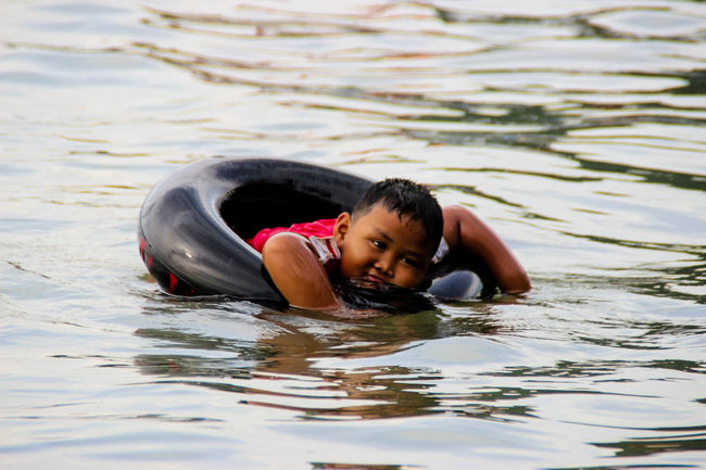 Here Belongs To Me at rest and sleep above the water Happy Kid Happy Day Beachphotography Global Photographer-Collection EyeEm Best Shots Global Photographer Works Exhibition Malephotographerofthemonth Learn And Shoot: Balancing Elements EyeEm Gallery Global Photographers Alliance Showcase March Indonesia_photography Indonesia_allshots Sumateta Barat Minangkabau Rancak EyeEm Indonesia Eyeemphotography Relaxing Moments Relaxing Time Everithing In Its Place
