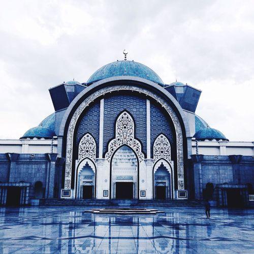 Mosque wilayah, Malaysia Picoiphone Igerselangor Igersselangor Ikutcaraaku Ikutcarakita Igersmalaysia ProjekWaghih Kolumpur_igers VSCO Ikutcarasaya