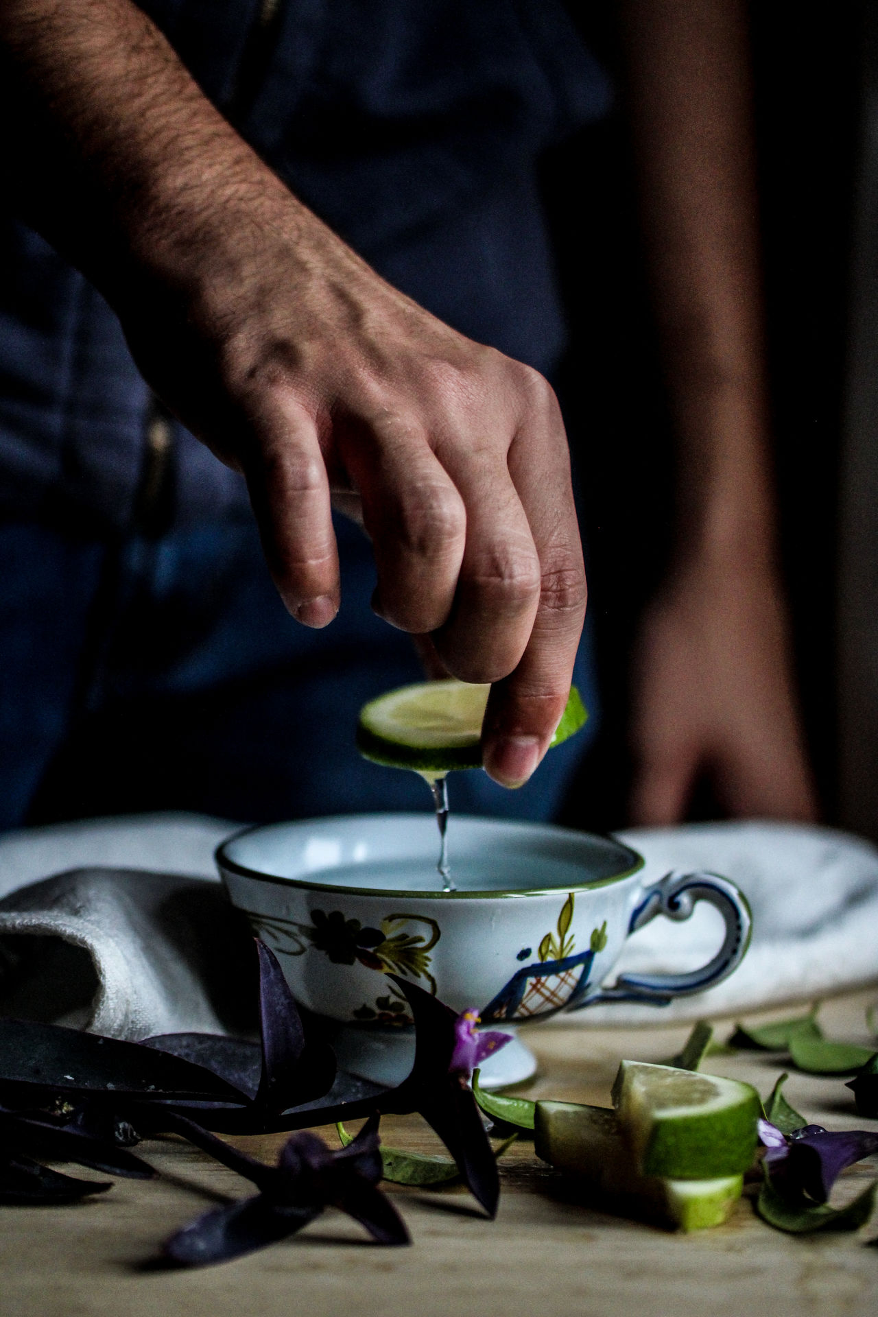 Adult Adults Only Breakfast Close-up Day Food Fresh On Eyeem  Home Human Body Part Human Hand Indoors  Lemon Lemonade Mealtime One Person People Relax Tea