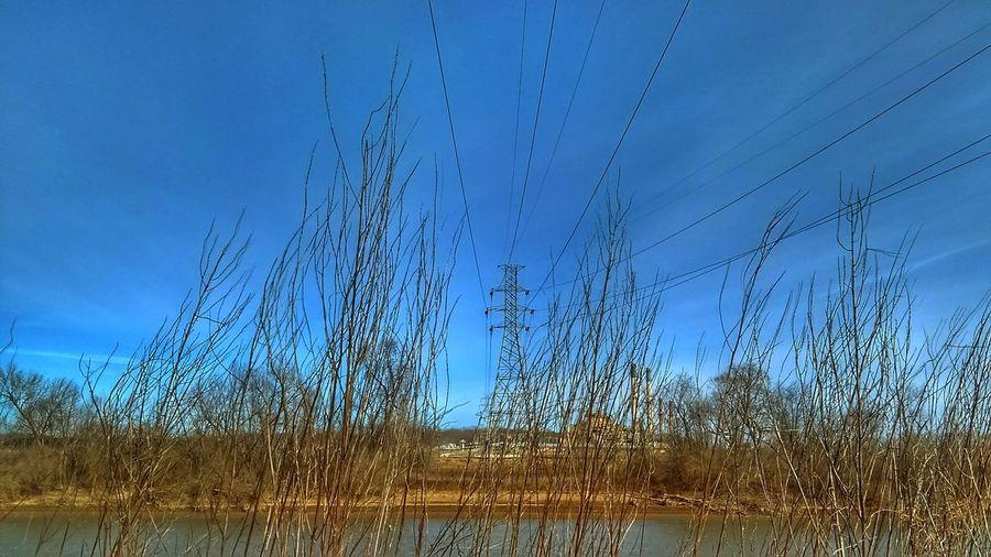 Riverside Electr⚡️cal L❤️ve Mother Vs Nature No People YOU BLUE ME AWAY......